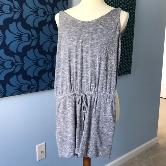 Lou & Grey Grey romper with pockets and tie waist